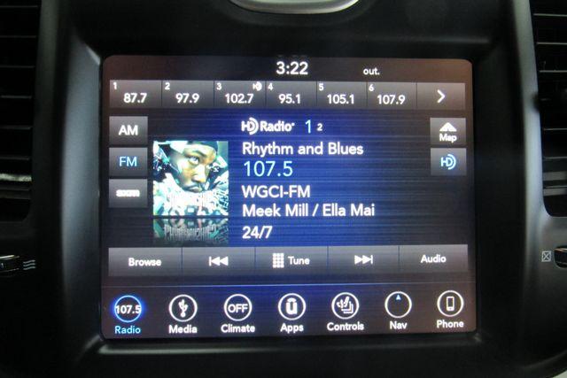 2018 Chrysler 300 Limited W/ NAVIGATION SYSTEM/ BACK UP CAM Chicago, Illinois 19