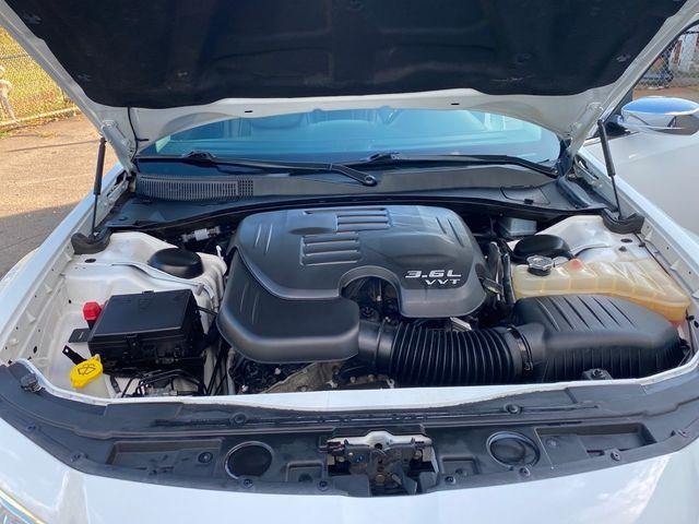 2018 Chrysler 300 Limited Madison, NC 38