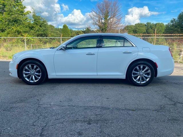 2018 Chrysler 300 Limited Madison, NC 4