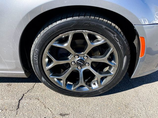 2018 Chrysler 300 300S Madison, NC 8