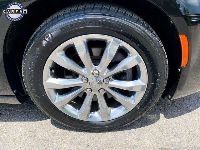 2018 Chrysler 300 Limited Madison, NC 8