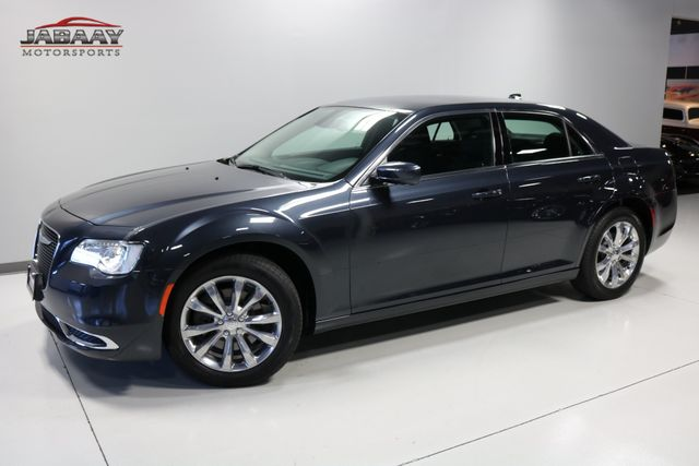 2018 Chrysler 300 Touring Merrillville, Indiana 28