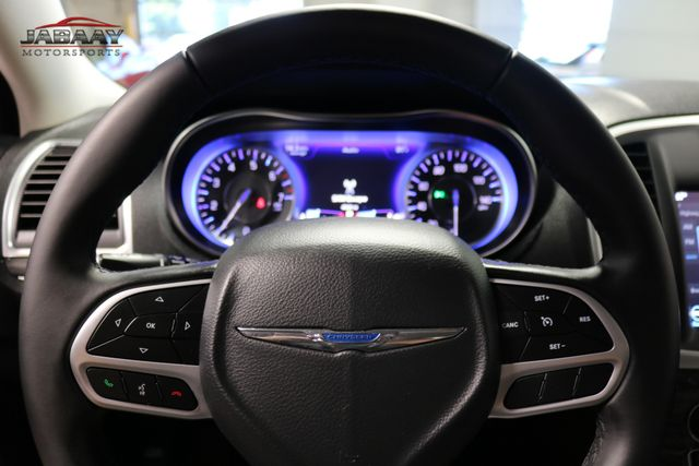2018 Chrysler 300 Touring Merrillville, Indiana 17