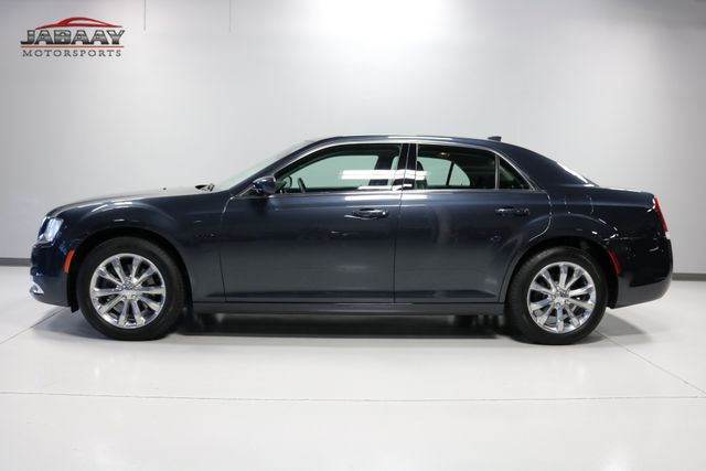 2018 Chrysler 300 Touring Merrillville, Indiana 1