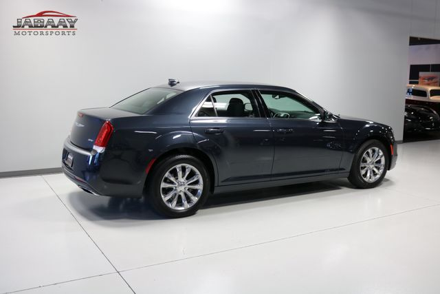 2018 Chrysler 300 Touring Merrillville, Indiana 39