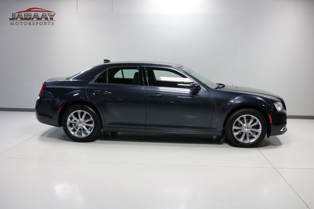 2018 Chrysler 300 Touring Merrillville, Indiana 41