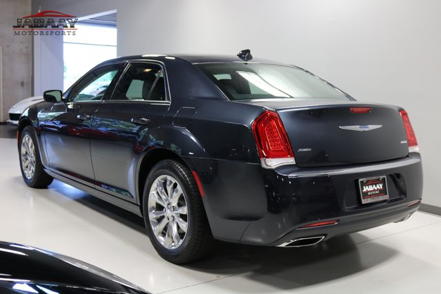 2018 Chrysler 300 Touring Merrillville, Indiana 2