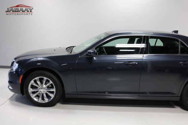 2018 Chrysler 300 Touring Merrillville, Indiana 31