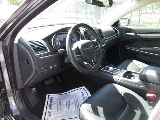 2018 Chrysler 300 Limited Miami, Florida 5