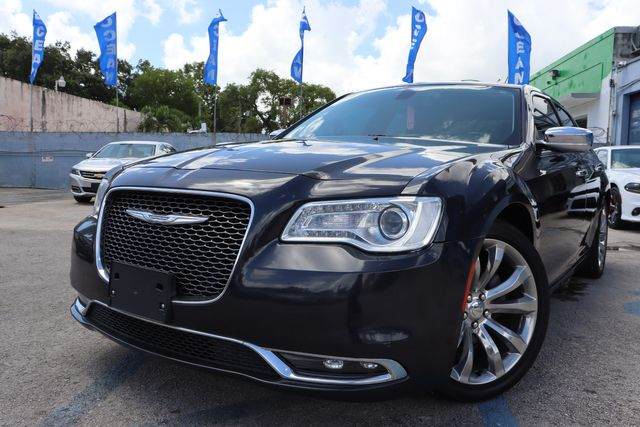 2018 Chrysler 300 Limited in Miami, FL 33142