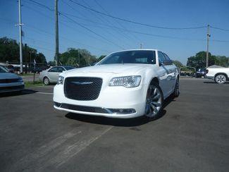 2018 Chrysler 300 Limited SEFFNER, Florida