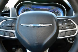 2018 Chrysler 300 Limited Waterbury, Connecticut 28