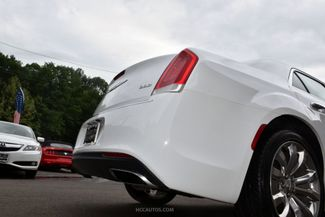 2018 Chrysler 300 Limited Waterbury, Connecticut 12