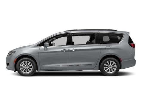 2018 Chrysler Pacifica Touring L in Akron, OH