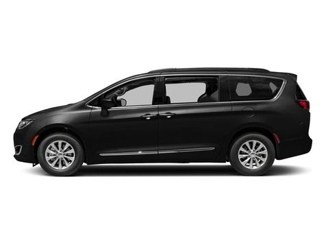 2018 Chrysler Pacifica Limited in Akron, OH