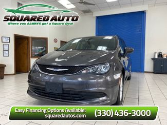 2018 Chrysler Pacifica Touring in Akron, OH 44320
