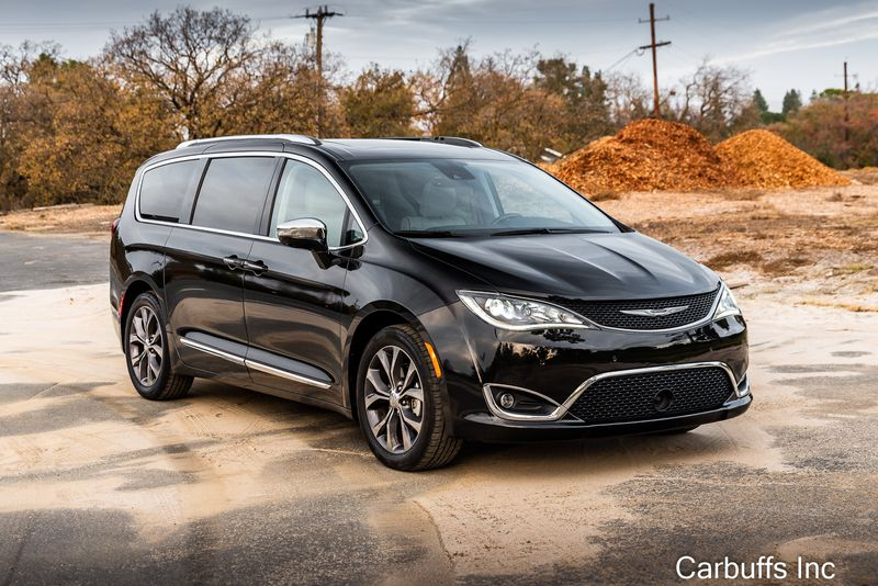 2018 Chrysler Pacifica Limited | Concord, CA | Carbuffs in Concord, CA