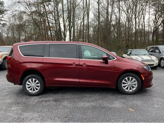 2018 Chrysler Pacifica LX Handicap Wheelchair Van Dallas, Georgia 4