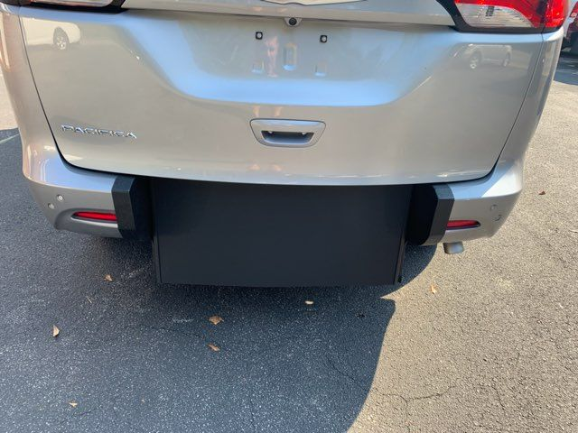 2018 Chrysler Pacifica Handicap wheelchair accessible rear entry Dallas, Georgia 12