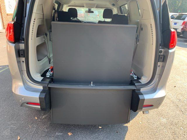 2018 Chrysler Pacifica Handicap wheelchair accessible rear entry Dallas, Georgia 14