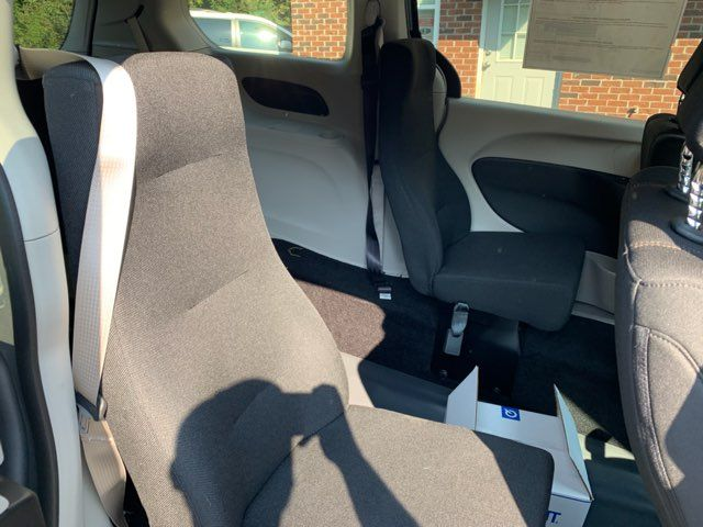 2018 Chrysler Pacifica Handicap wheelchair accessible rear entry Dallas, Georgia 25