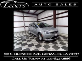 2018 Chrysler Pacifica Touring L - Ledet's Auto Sales Gonzales_state_zip in Gonzales