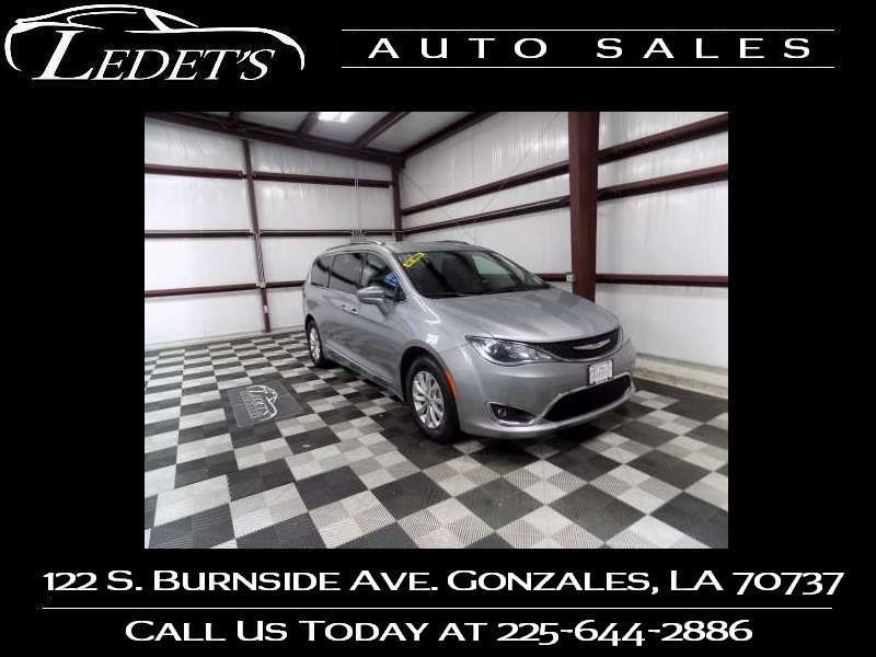 2018 Chrysler Pacifica Touring L - Ledet's Auto Sales Gonzales_state_zip in Gonzales Louisiana