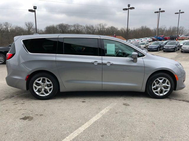 2018 Chrysler Pacifica Touring Plus in Gower Missouri, 64454