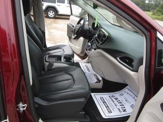 2018 Chrysler Pacifica Touring L Houston, Mississippi 8