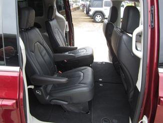 2018 Chrysler Pacifica Touring L Houston, Mississippi 9