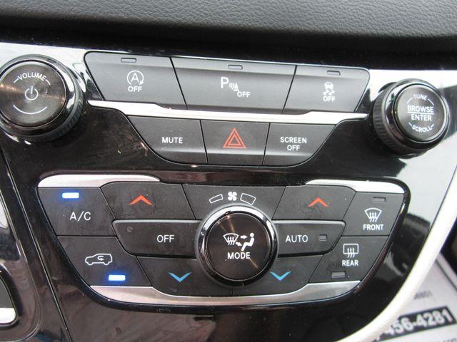 2018 Chrysler Pacifica Touring L Houston, Mississippi 19