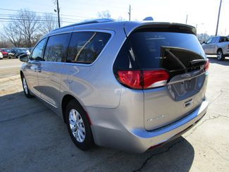 2018 Chrysler Pacifica Touring L Houston, Mississippi 4