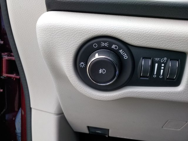 2018 Chrysler Pacifica Touring L Houston, Mississippi 14