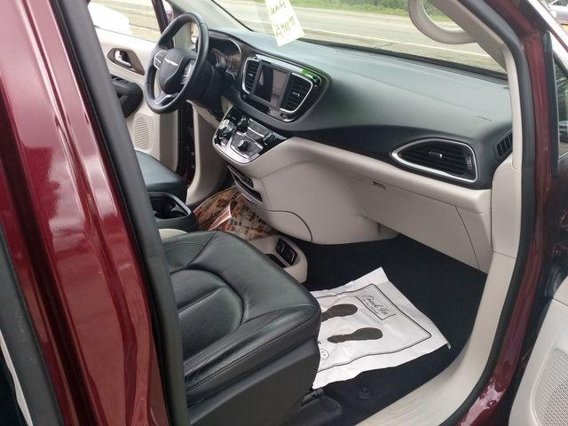 2018 Chrysler Pacifica Touring L Houston, Mississippi 7