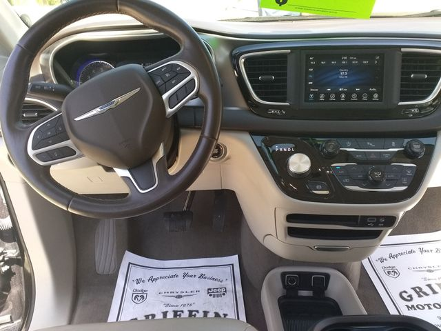 2018 Chrysler Pacifica Touring L Houston, Mississippi 5