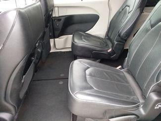 2018 Chrysler Pacifica Limited Houston, Mississippi 12