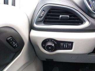 2018 Chrysler Pacifica Limited Houston, Mississippi 25