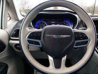 2018 Chrysler Pacifica Limited Houston, Mississippi 15