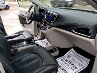 2018 Chrysler Pacifica Limited Houston, Mississippi 11