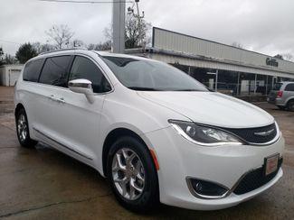 2018 Chrysler Pacifica Limited Houston, Mississippi 1