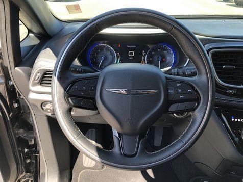 2018 Chrysler Pacifica Limited   Huntsville, Alabama   Landers Mclarty DCJ & Subaru in Huntsville, Alabama