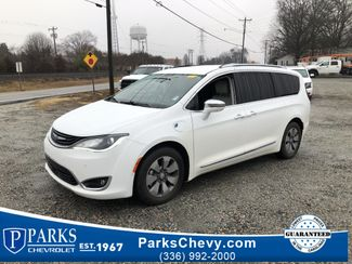 2018 Chrysler Pacifica Hybrid Limited in Kernersville, NC 27284