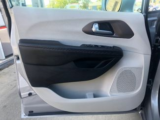 2018 Chrysler Pacifica Touring L LINDON, UT 16
