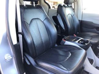 2018 Chrysler Pacifica Touring L LINDON, UT 24