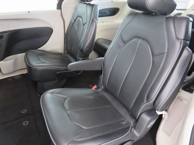 2018 Chrysler Pacifica Limited in McKinney, Texas 75070
