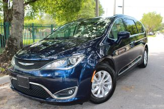 2018 Chrysler Pacifica Touring L in Miami, FL 33142