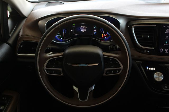 2018 Chrysler Pacifica Hybrid Limited FWD - ADVANCED SAFETY TEC PKG! Mooresville , NC 7