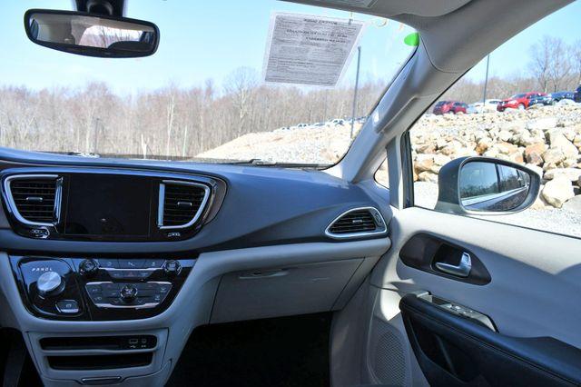 2018 Chrysler Pacifica Touring Naugatuck, Connecticut 19