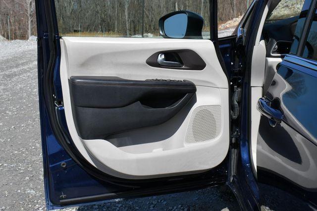 2018 Chrysler Pacifica Touring Naugatuck, Connecticut 20