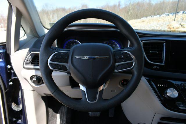 2018 Chrysler Pacifica Touring Naugatuck, Connecticut 21